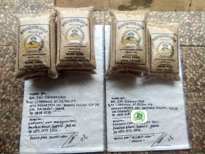 Benih padi yang dibeli EMI SUKMAWIJAYA Sukabumi, Jabar. (Sebelum packing karung ).