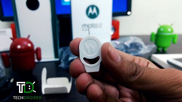 Motorola Moto Z Play Unboxing! TechDroider