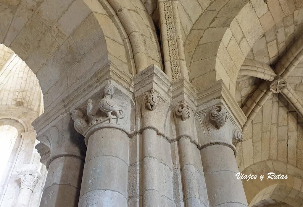 Capitel del Monasterio de Gradefes