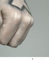 tatouage-fin-comme-un-cheveux-liberte