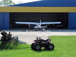Гідропорт літак в ангарі гідропорту гидропорт самолет