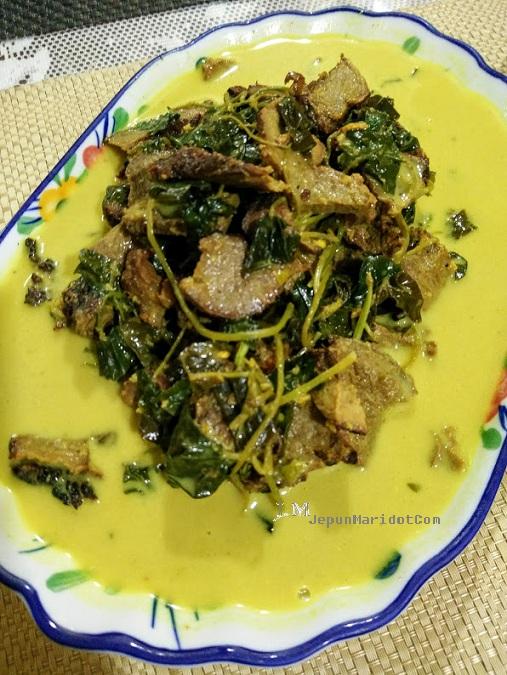 Resepi lemak kuning daging salai cili padi Negeri Sembilan
