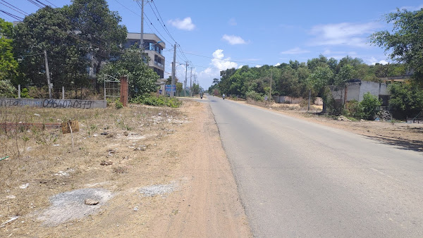 ảnh thực tế đoạn đường tl328 thuộc ấp Hồ Tràm xã Phước Thuận ,Huyện Xuyên Mộc , tỉnh Bà Rịa - Vũng Tàu