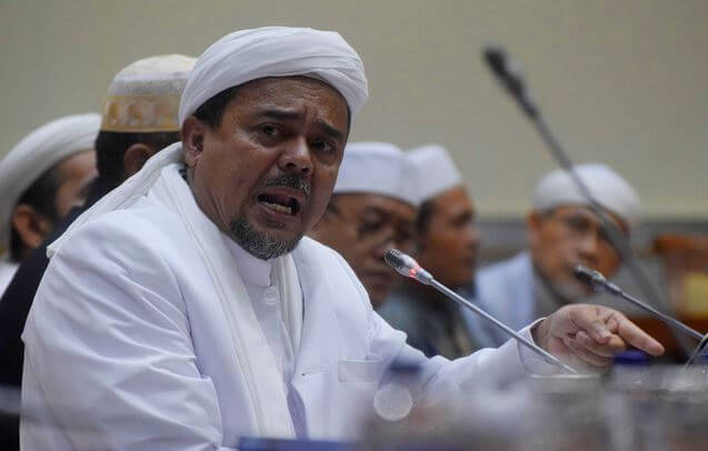Tegas! Habib Rizieq Minta Pelaku Persekusi terhadap Ustadz Abdul Somad Ditangkap