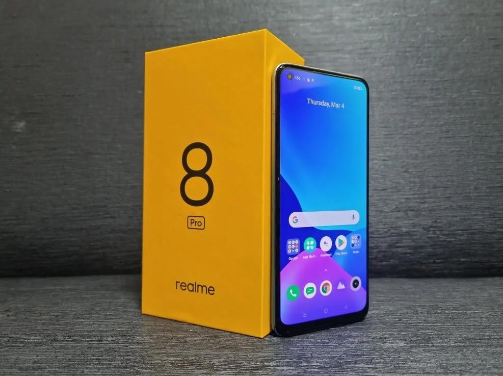 realme 8 Pro 6.4-inch Super AMOLED Display