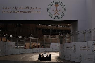 صندوق الاستثمارات العامة ينضم كشريك محليّ لسباق فورمولا إي الدرعية 2021