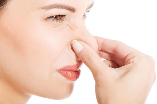 ما الذي يحدد رائحة الجسم