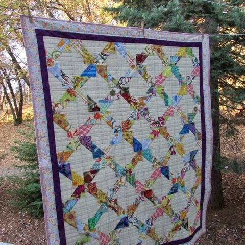 Twister quilt | DevotedQuilter.com