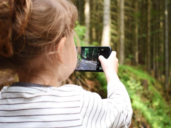 Smartphone Ramah Anak, Pilihan Orangtua Bijak