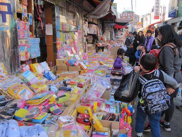 wisata anak toko alat tulis lucu pasar dongdaemun seoul korea selatan