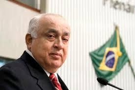Morre o reriutabense Deputado Professor Teodoro Soares.