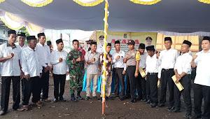 Walikota Bima Hadiri Pelantikan Ketua RT dan RW se Kelurahan Santi