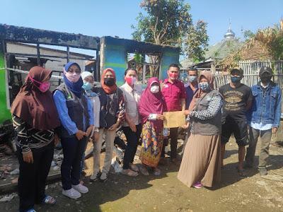 SDM PKH Kabupaten Tangerang Bantu Rumah KPM  Yang Terbakar