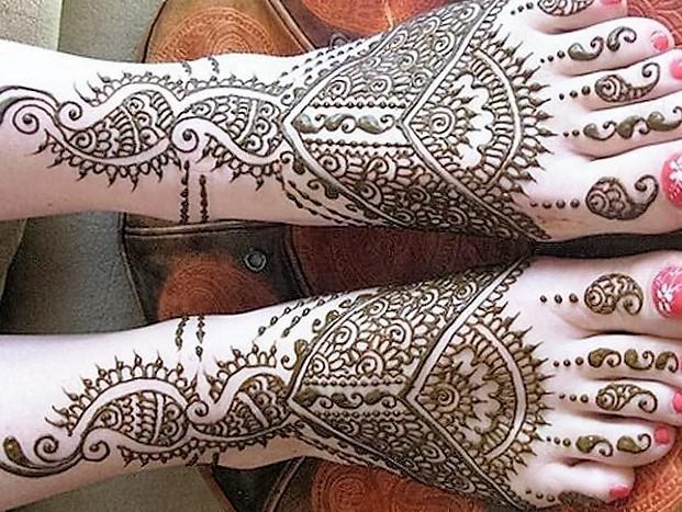 Best Mehndi Design for Leg. Easiest Foot Mehndi design