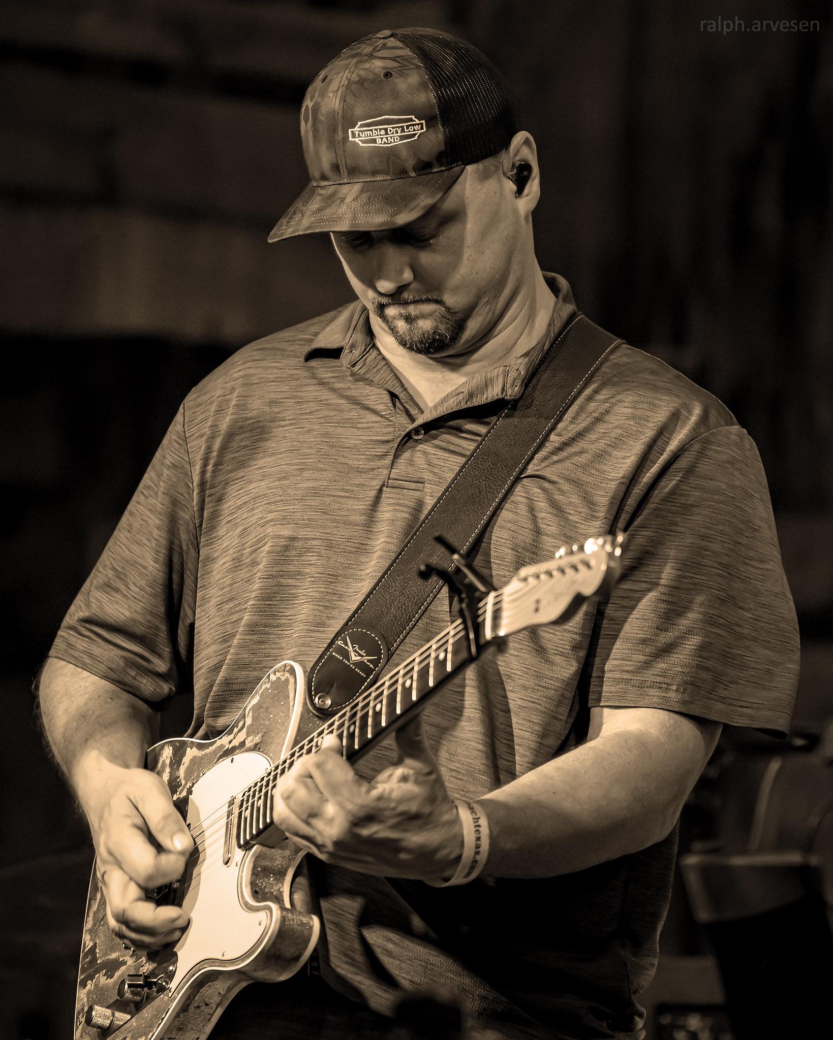 Picker Circle Unpplugged Acoustic Jam | Texas Review | Ralph Arvesen