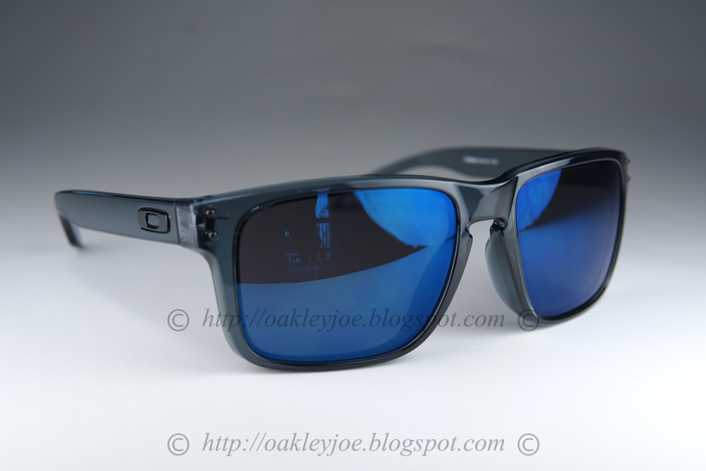 4cd4d0e57b Oakley Holbrook Grey Smoke Ruby Iridium « Heritage Malta
