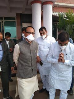 खण्डवा से सासंद नन्दकुमारसिंह चौहान के स्वास्थ्य में सुधार के सु:खद संकेत