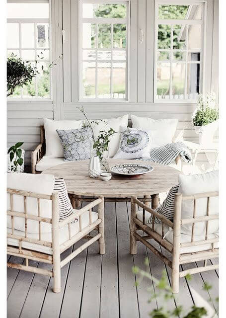 White Dominance Bamboo Outdoor Furniture