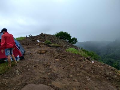 puncak gedhe gunung api purba