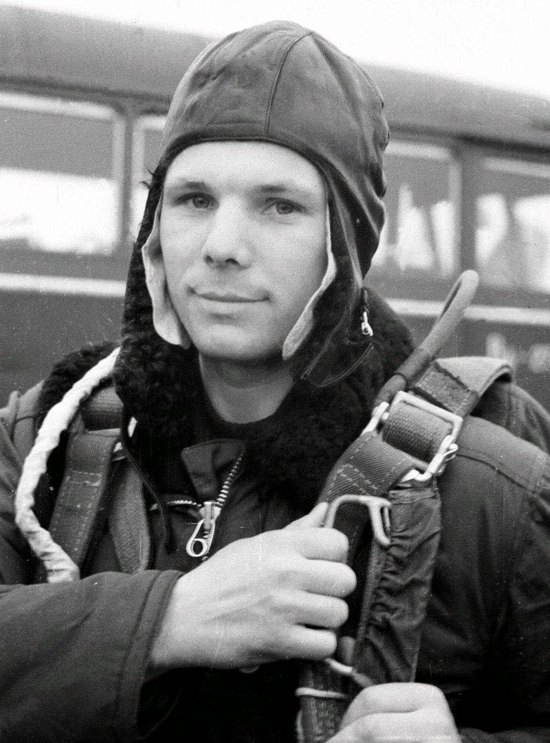 cosmonaut yuri gagarin - photo #1