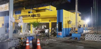 Quadrilha explode cofre no Posto Planalto, na cidade de Lajes