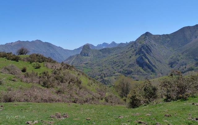 Pico Castiellu y Vízcares - Piloña - Asturias