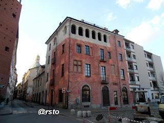 La casa del Pingone a Torino