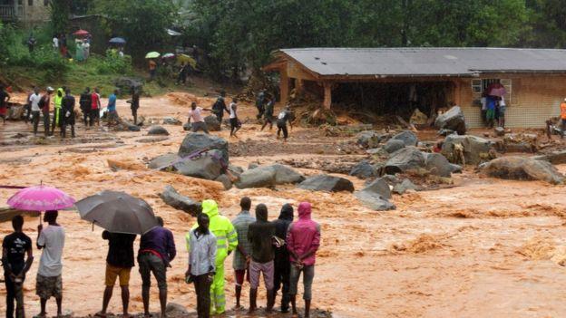 Deslave en Sierra Leona deja 600 desaparecidos y 400 muertos