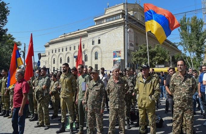 Ναγκόρνο Καραμπάχ: Παραδόθηκε η Αρμενία - Νικητές Αζερμπαϊτζάν και Τουρκία
