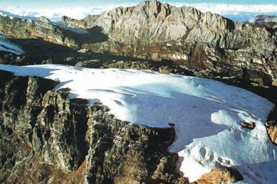 Daftar Gunung Tertinggi di Indonesia Beserta Ketinggiannya 12 Daftar Gunung Tertinggi di Indonesia Beserta Ketinggiannya