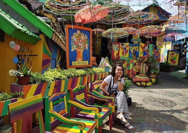 Wisata Kampung Pelangi Semarang