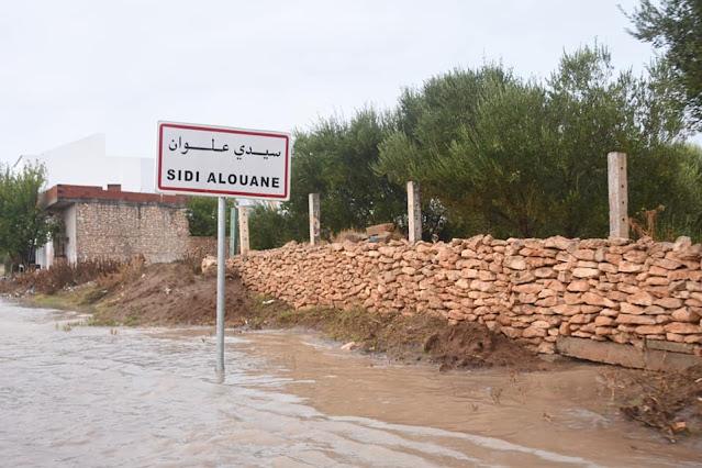 أهالي سيدي علوان يطالبون بتعبيد الطريق المحلية عدد 860