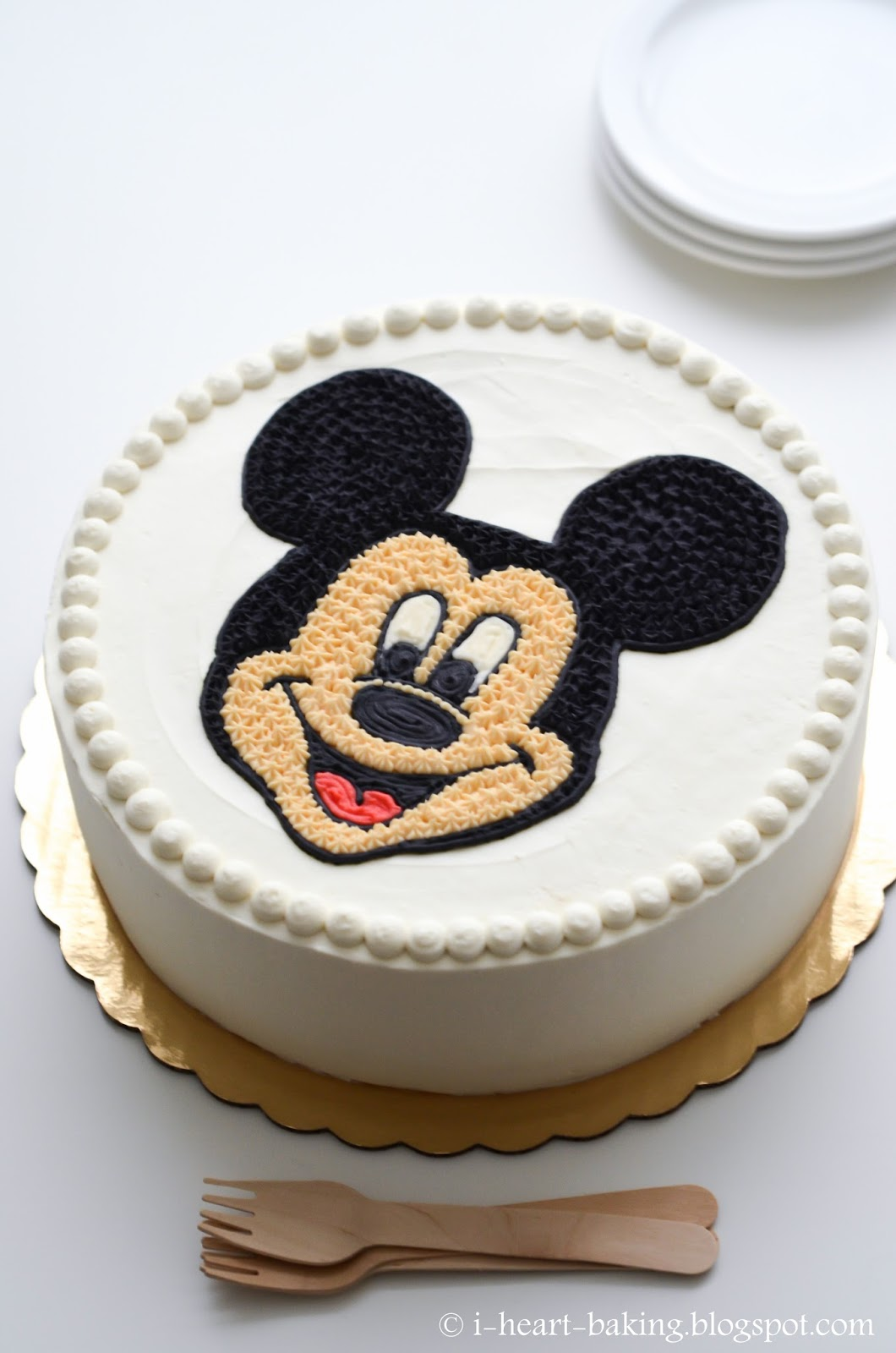 Wondrous I Heart Baking Mickey Mouse Face Birthday Cake Funny Birthday Cards Online Fluifree Goldxyz