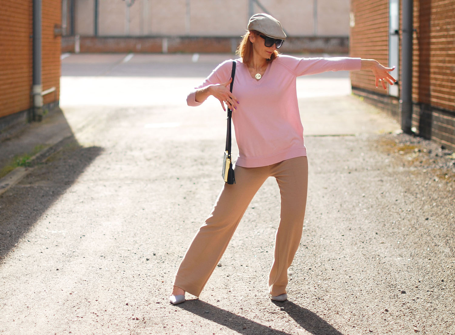 12 Weird Things That Fashion Bloggers Do (That Only Bloggers Understand)