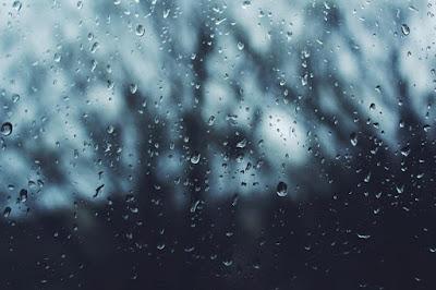 Puisi tentang hujan dan rindu