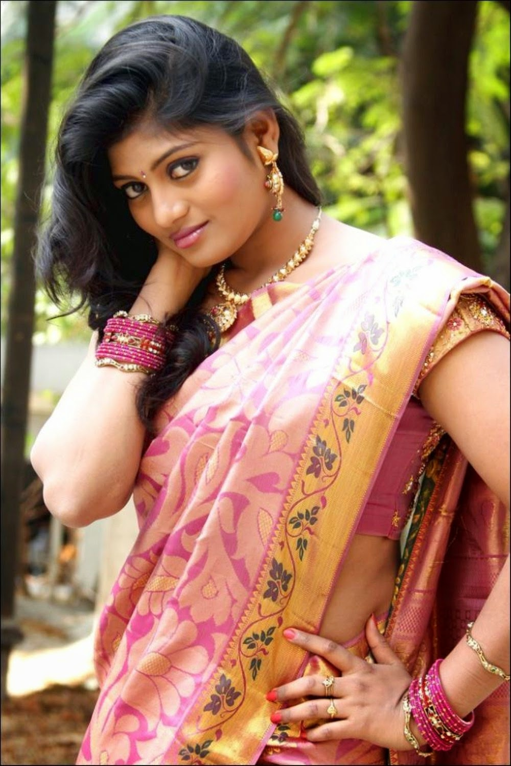 f77c77ff76c Beautiful saree India beauty and Indian beauty t