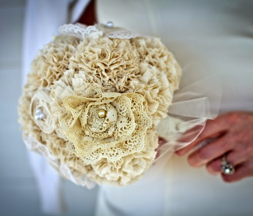 Bouquet Sposa Stoffa.Alessandra Wedding Planner Italy Bouquet