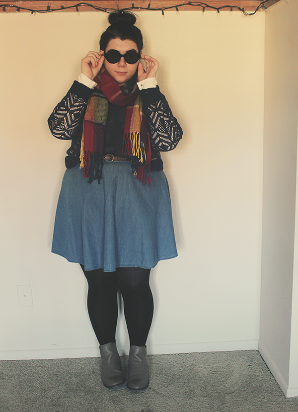 Colors & Chambray | a look on katielikeme.com | #fashion #fallfashion #plussize