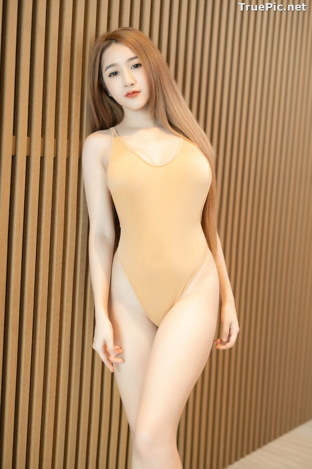 Image Thailand Model - Kankanit Pinchaiyapat - Yellow and Purple Swimsuit - TruePic.net - Picture-10