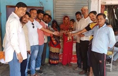 समाजसेवी समिति के सदस्यों ने किया किडनी पीडि़त ज्ञान सिंह का आर्थिक सहयोग | Khaniyadhana News