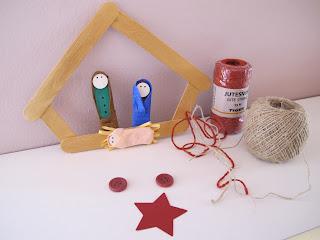 Lavoretto per bambini: Presepe con bastoncini di legno