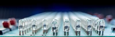PC Doc Schmid Schweiz XCopy Befehl Beitragsbild mit LED Lampen Reihe