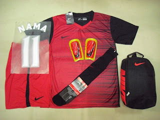 d45c2ebf36 Code   PaSuKom Nike Speed Printing Red Black