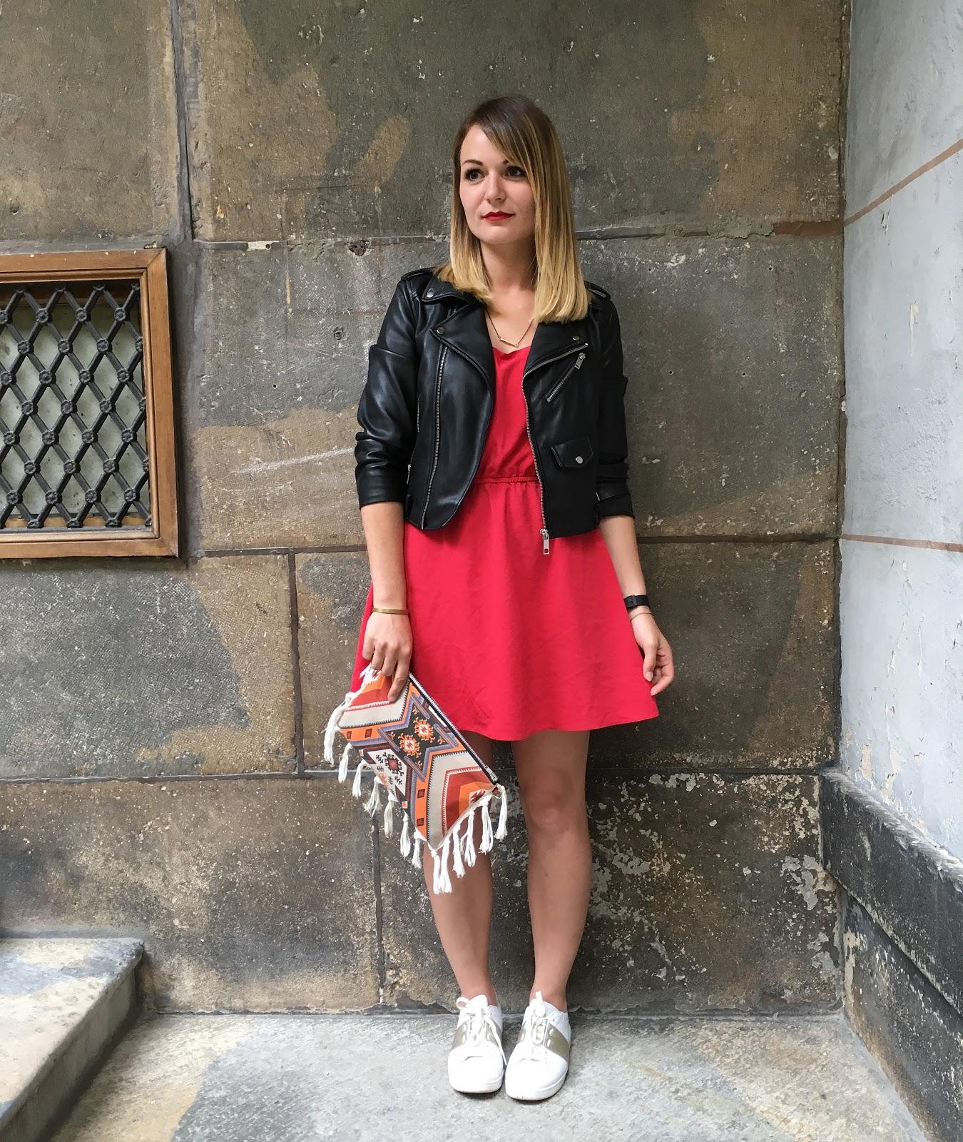la petite robe rouge pauline dress blog mode lifestyle et d co besan on. Black Bedroom Furniture Sets. Home Design Ideas