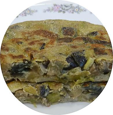 tortilla de berenjena y ajos tiernos