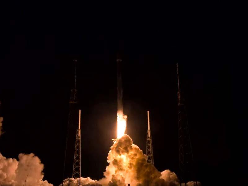 SpaceX lança novos satélites Starlink com sucesso, mas 'perde' estágio do Falcon 9