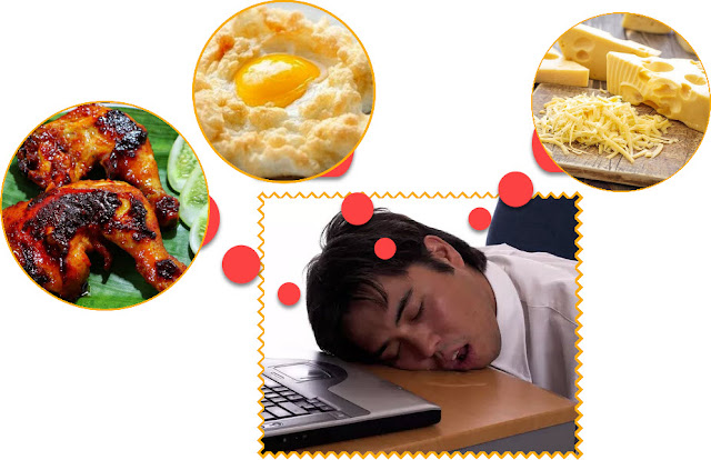 """""""Foods rich in low fat protein, such as cottage cheese, also contain the amino acid tritophan which can increase serotonin,"""" explained the National Sleep Foundation.  Other foods you can eat before bed are eggs, avocado, butter, beef, chicken, turkey, salmon, tuna, herring, and cod. To sleep more soundly and taste more delicious, you can add oil such as olive or head."""