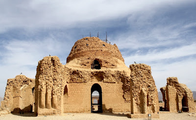 e Palace of Ardeshir Babakan, one of that ancient monuments of the Sassanid era,