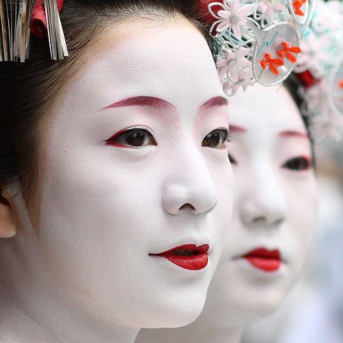 Rituel de beauté de la femme japonaise pour une peau parfaite