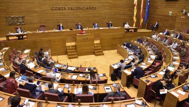Cadena SER cancela el debate previsto el lunes tras la decisión de PSOE, Compromís y UP de no compartir espacio con Vox